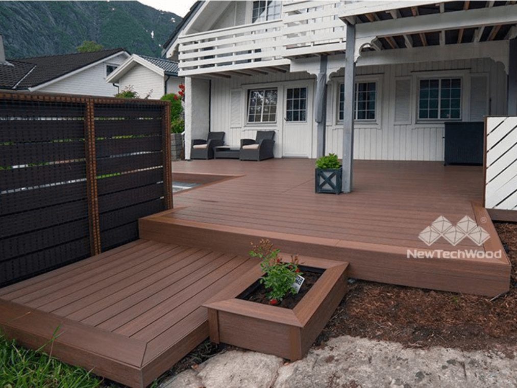 a natural outdoor deck get you a good mood for reading
