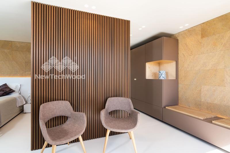 Gela. Archeò Hotel, Rivestimenti legno Dèco